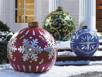 Decorazioni Per Casa Di Natale : Maxi palline di natale per decorare il giardino di casa the