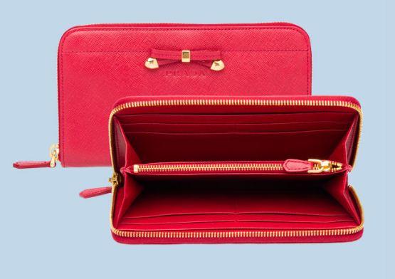 Idea regalo portafoglio Prada per San Valentino 2012