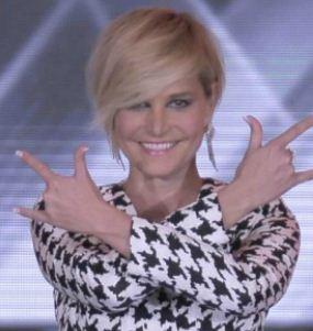 Taglio di capelli Simona Ventura X Factor 2012