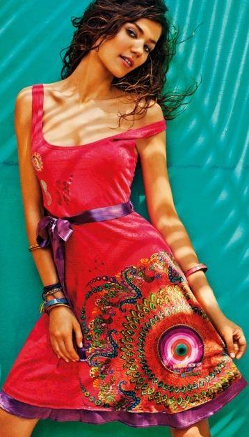 Catalogo abbigliamento Desigual primavera estate 20121 Catalogo abbigliamento Desigual primavera estate 20121 - Catalogo abbigliamento Desigual primavera estate 2012