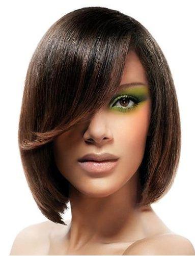 Taglio capelli caschetto medio con ciuffo inverno 2012 2013
