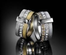 Nuovi anelli Breil collezione inverno 2012 2013 donna Nuovi anelli Breil collezione inverno 2012 2013 donna 220x184 - Regalo di Natale 2012 per lei: nuovi anelli Breil linea Breilogy