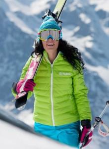 Abbigliamento da sci Colmar donna inverno 2013 catalogo prezzi Abbigliamento da sci Colmar donna inverno 2013 catalogo prezzi 220x301 - Abbigliamento da sci Colmar inverno 2013: catalogo prezzi donna
