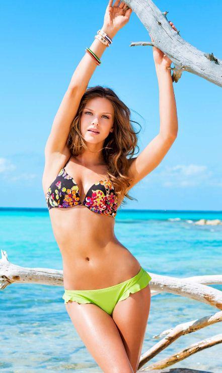 a Bikini in fascia Celeste Made Italy slip Azzurro brasiliana donna arricciato con Bikinicolors o BRvqExnB Questo sito utilizza i cookies per essere sicuri che .