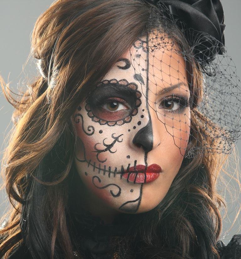 Bellissimo trucco per Halloween da donna