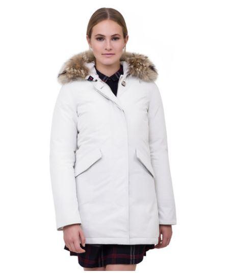 Piumino Woolrich donna inverno 2014 Byrd Arctic Parka prezzo 799 euro