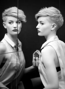 Galleria di foto tagli capelli corti donna inverno 2014