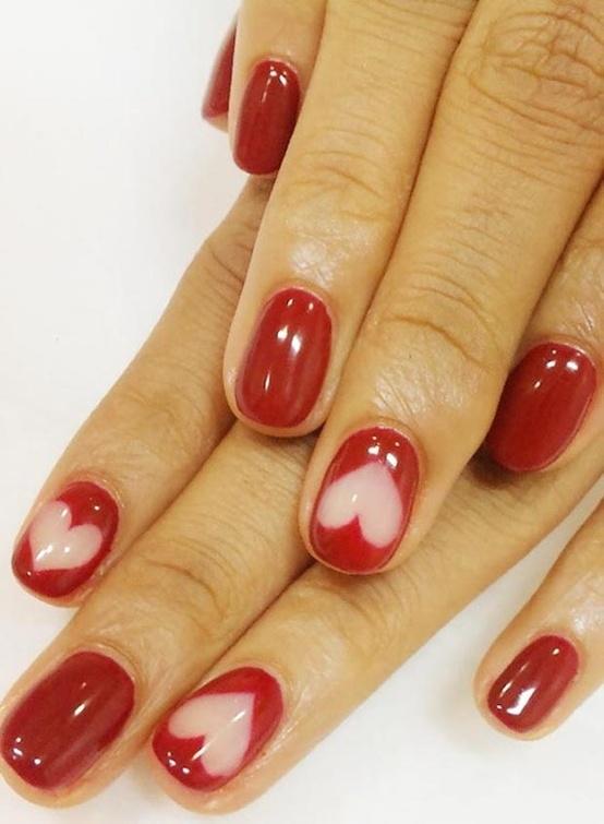 Idea decorazione unghie romantica per San Valentino