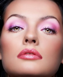 Idea make up per San Valentino Idea make up per San Valentino 220x270 - Trucco sera San Valentino: Idee make up occhi e viso