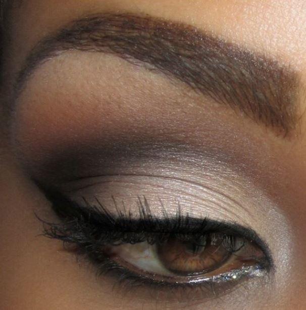 Idea trucco occchi marroni Idea trucco occchi marroni - Come truccare gli occhi marroni: Foto gallery Make up Idea trucco occchi marroni - Come truccare gli occhi marroni: Foto gallery Make up