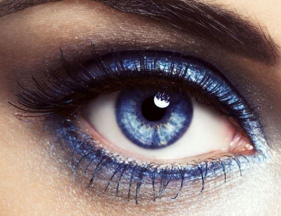 Eccezionale Trucco occhi azzurri con ombretto e matita blu - The house of blog IO54