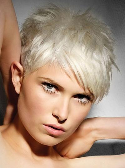 Tagli di capelli corti biondi 2015