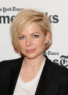 Taglio capelli medio corto Michelle Williams 2014