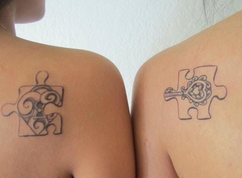 Tatuaggio di coppia puzzle con chiave e lucchetto the for Coppia di fatto significato