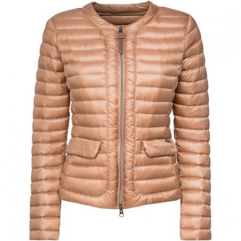 Piumino leggero Woolrich prezzo 299 euro Piumino leggero Woolrich prezzo 299 euro 470x470 - Piumini e Parka Woolrich inverno 2016 donna