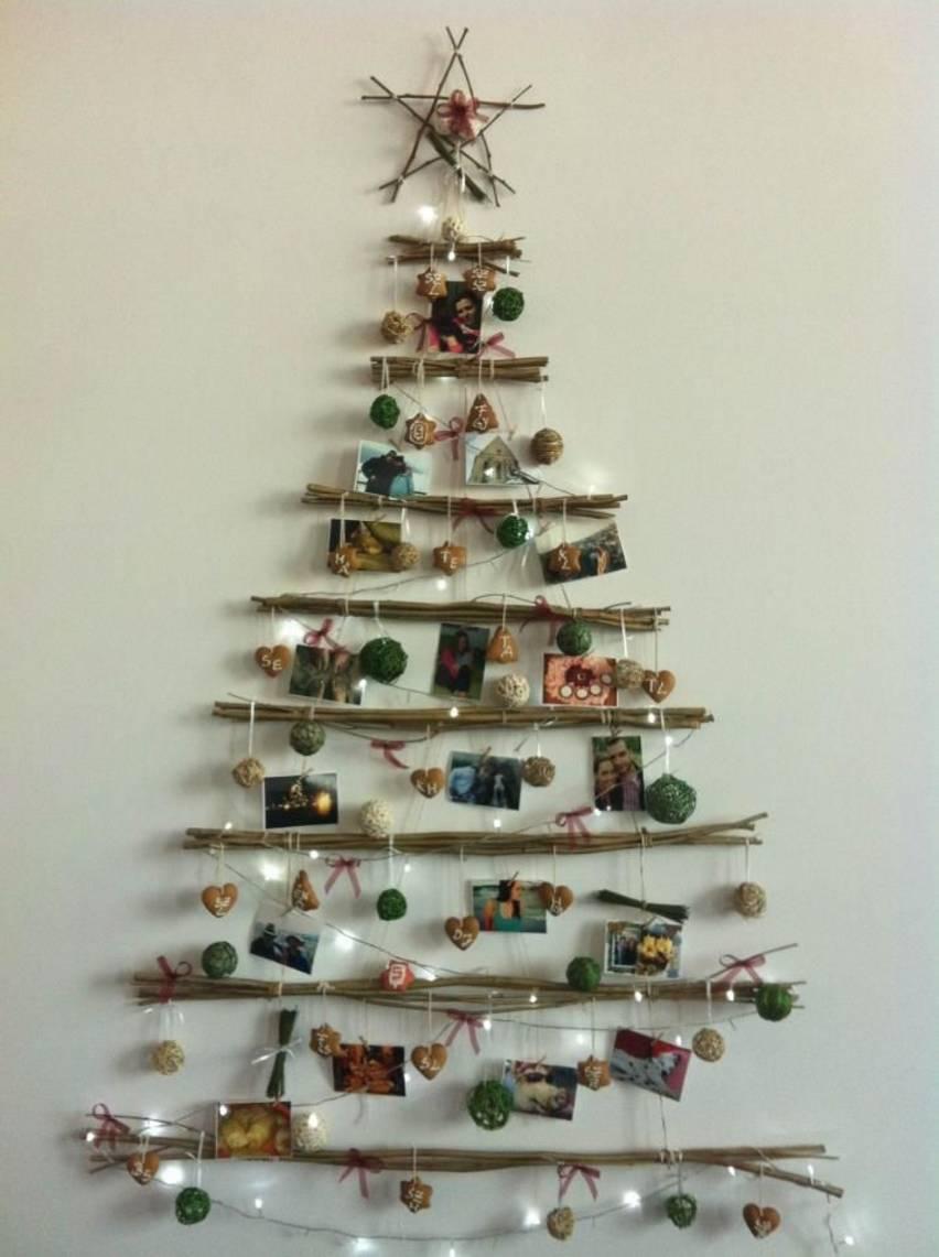 albero di natale 2016 riciclato con rametti di legno e foto - the