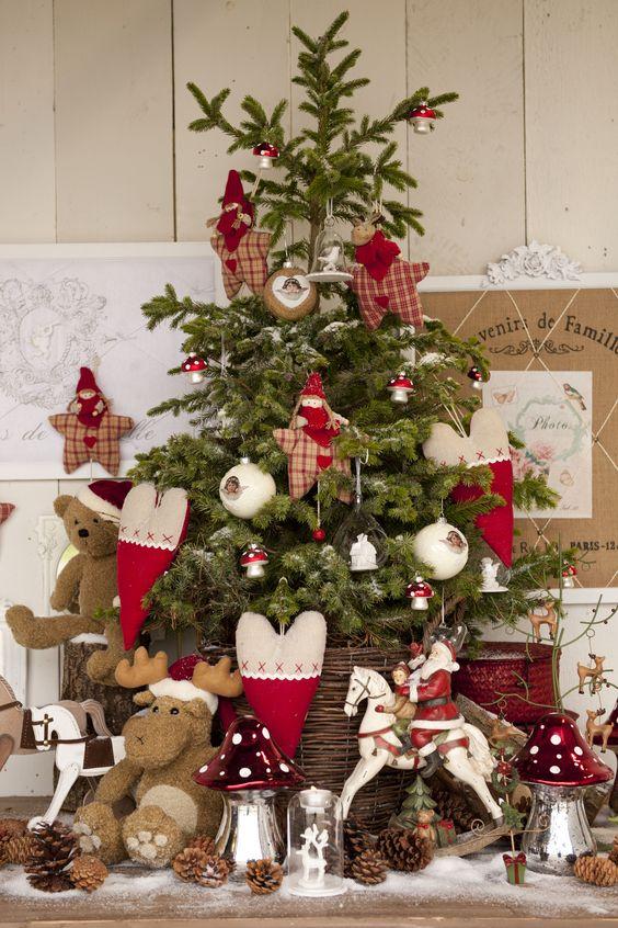Albero Di Natale Shabby Chic Rosso.Colori Albero Di Natale 2016 Tendenze E 25 Foto The House