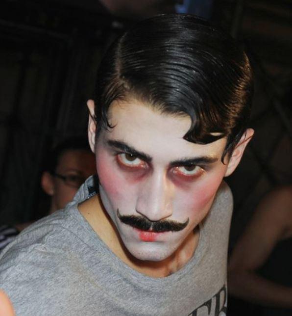 Foto trucco viso da uomo Carnevale