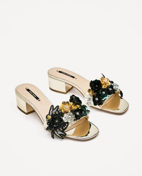 Ciabattine con comodo tacco medio e decori floreali Zara prezzo 49 95 euro