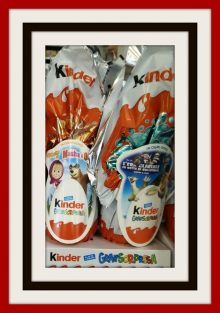 Uova di Pasqua 2017 Kinder Prezzi Formati Personaggi e Foto Uova di Pasqua 2017 Kinder Prezzi Formati Personaggi e Foto 220x313 - Uova di Pasqua 2017 Kinder: Prezzi, Personaggi e Formati