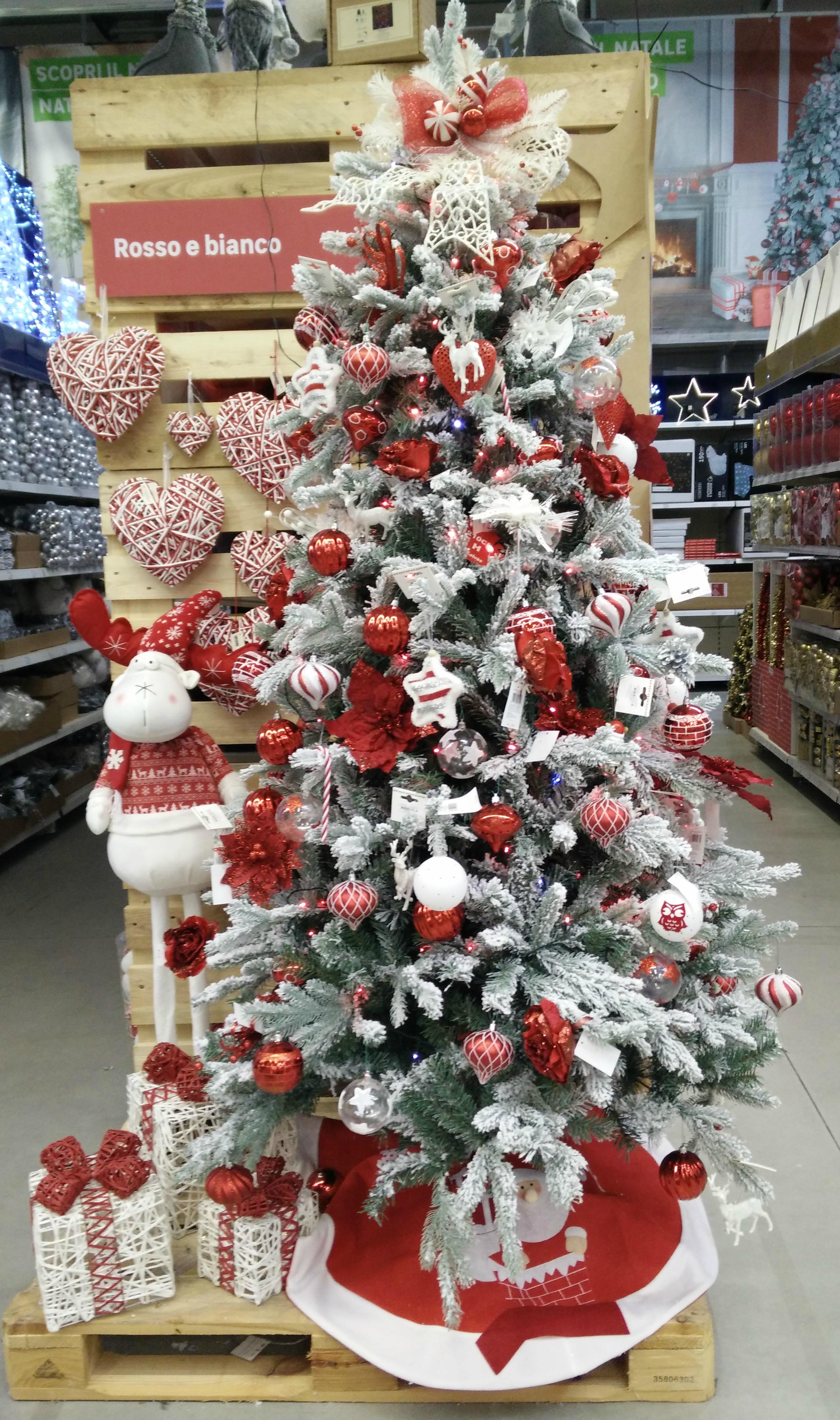 Foto Alberi Di Natale Bianchi albero di natale 2017 rosso e bianco
