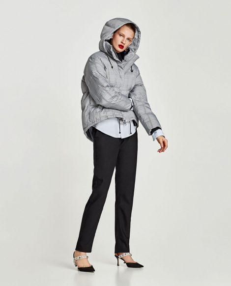 Piumino corto a quadri Zara con cappuccio inverno 2017 2018 prezzo 69 95 euro