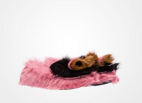 Mocassini in pelliccia Prada prezzo 750 euro