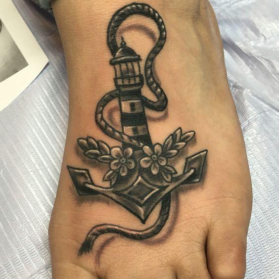 Tatuaggio Faro con Ancora