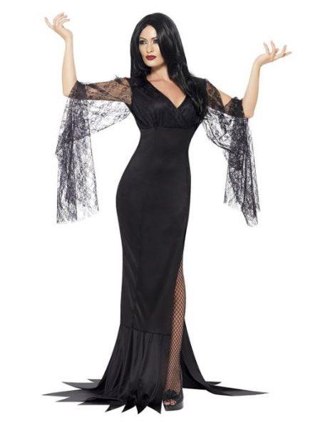 Costume Halloween donna da Morticia Addams 470x594 - Costumi Halloween Economici Donna 2018
