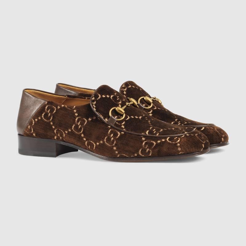 adbde8481b Mocassini Gucci in velluto inverno 2018 2019 prezzo 630 euro 470x470 - GUCCI  Scarpe collezione Uomo