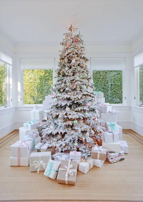Albero di Natale 2018 colori pastello 470x662 - Albero di Natale 2018: Colori e Tendenze