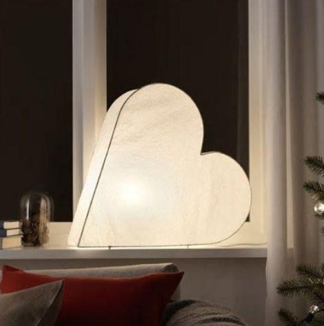 Decorazione luminosa a forma di cuore Ikea 470x474 - IKEA Catalogo Natale 2018
