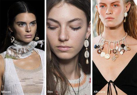 Tendenza gioielli primavera estate 2019 bijoux con conchiglie 470x325 - 20 Tendenze Gioielli e Accessori Primavera Estate 2019