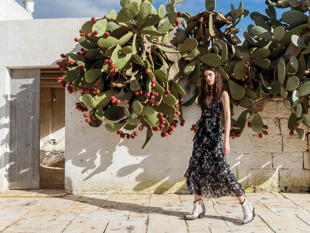 Abito lungo a balze a fiori Rinascimento estate 2019 prezzo 129 euro