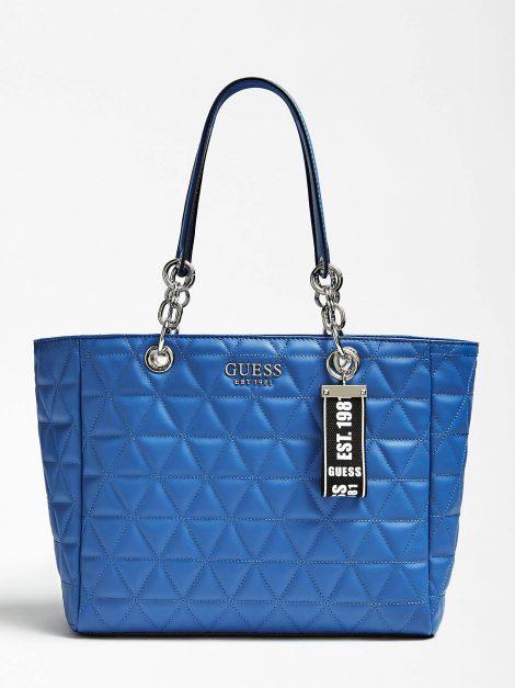 Nuova Shopper Guess modello Laiken blu inverno 2019 2020 prezzo 145 euro 470x627 - Nuove Borse GUESS inverno 2019 2020