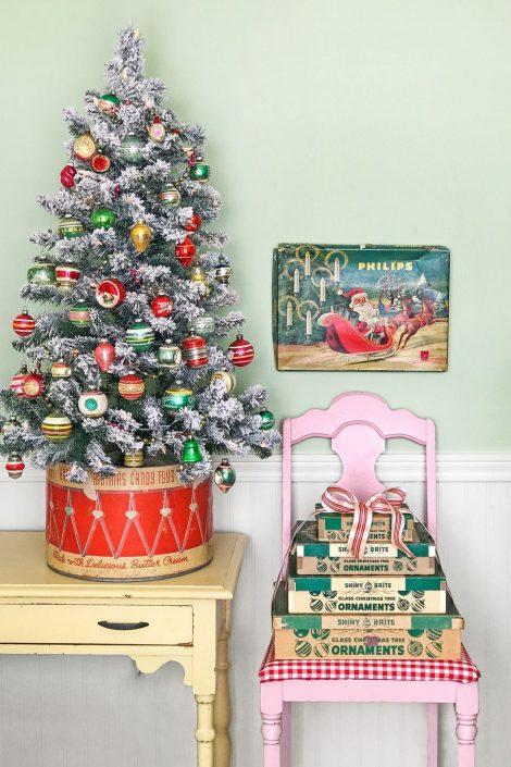 Mini Albero di Natale tradizionale 470x705 - Colori Alberi di Natale 2019